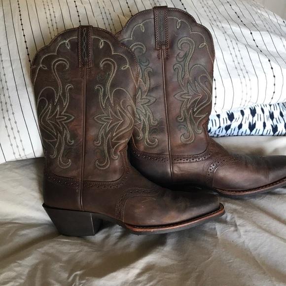 33176d99fa8 Ariat Women's Legend Western Cowboy Boot